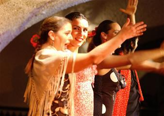 Flamenco Show at Tablao Cordobes with Drinks