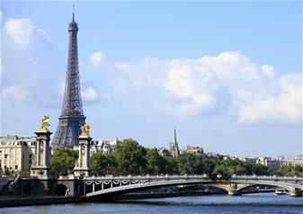 Tour of Paris, Seine Cruise and Lunch at the Eiffel Tower - Skip the Line Tickets