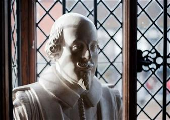 Shakespeare's Stratford and the Cotswolds with Free Lunch Pack