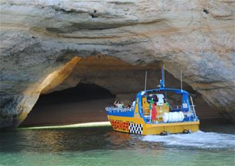 Caves and Dolphin Watching- Dreamer (Jet Boat) Cruise along Algarve Coast