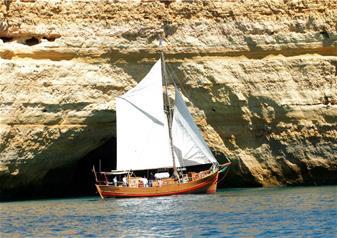 Captain Hook Cruise – Leãozinho Pirate Ship