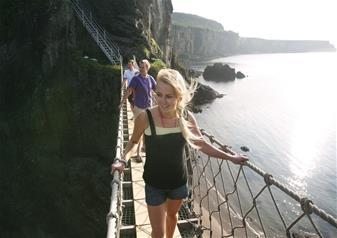Full-Day Giants Causeway Coastal Adventure Tour from Belfast