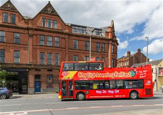 Hop-on Hop-off Bus Tour of Belfast – 48 Hours