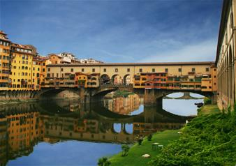 Guided Boat Trip on the River Arno