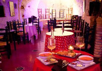 Flamenco Show with Drink in Granada