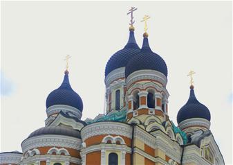 Full-Day Guided Tour to Tallinn from Helsinki