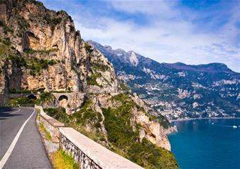 Full-Day Tour to Amalfi Coast and Pompeii