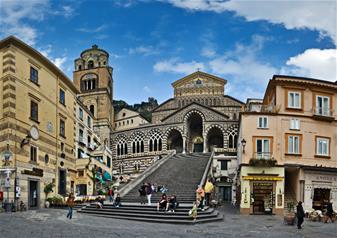 Full-Day Tour to Amalfi Coast from Naples