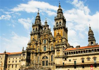 Full Day Guided Tour to Santiago de Compostela from Porto
