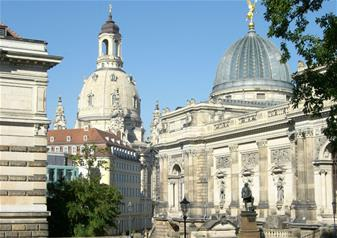Full-Day Tour of Zwinger Palace & Gallery in Dresden from Prague