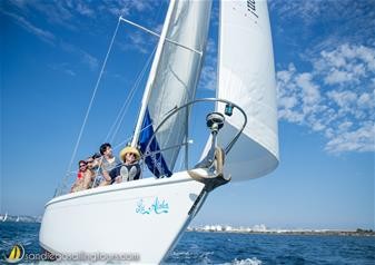 2-Hour Signature Sailing Tour in San Diego