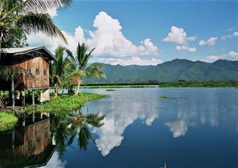 Full Day Guided Tour of Inle Lake with Hotel Transfers – Private Tour