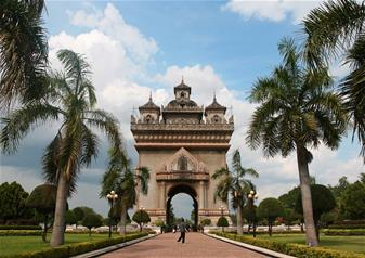 Full Day Tour of Vientiane including Central market – Private Tour