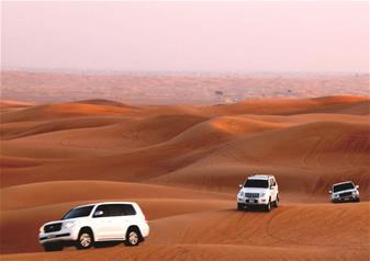 Dubai Trio - Desert Safari, Dhow Cruise & City Tour